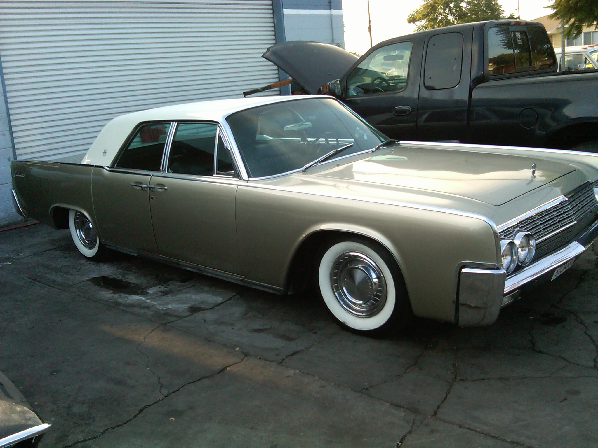 sampionLine 1962 Lincoln Continental 13808630