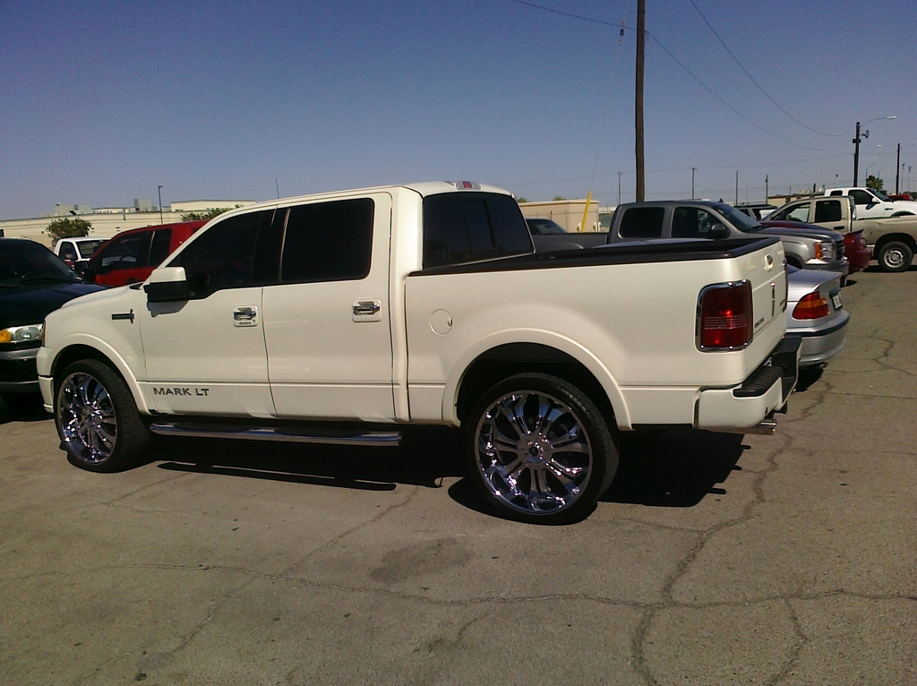skiLT 2008 Lincoln Mark LT Specs, Photos, Modification Info at ...