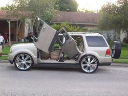 Calvinthagreat 2005 Lincoln Aviator