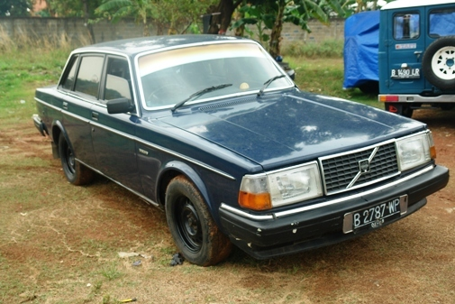 Another pomphy 1982 Volvo 200-Series post... - 13811802