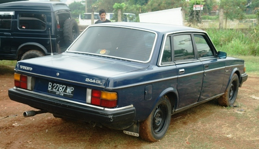 Another pomphy 1982 Volvo 200-Series post... - 13811803