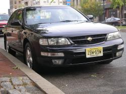 BlackMax1998s 1998 Nissan Maxima 