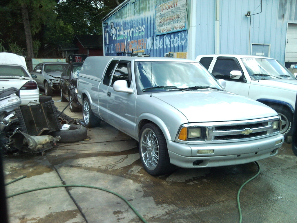 sirnick76 1995 Chevrolet S10 Regular Cab 13817914