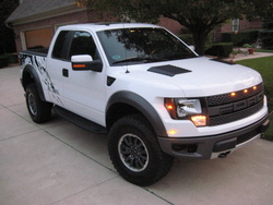 2010 Ford Raptor-white