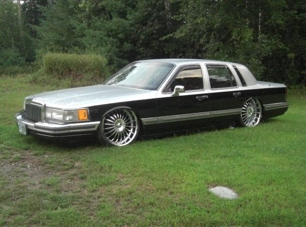 joby33 1990 lincoln town car specs photos modification info at cardomain. Black Bedroom Furniture Sets. Home Design Ideas