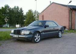 Youngstowns 1988 Mercedes-Benz 300E