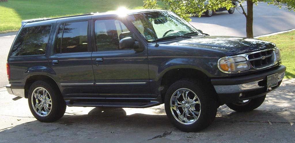 Another Blackhell05 1998 Ford Explorer post... - 13824610