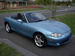 fentongoves 2000 Mazda Miata MX-5
