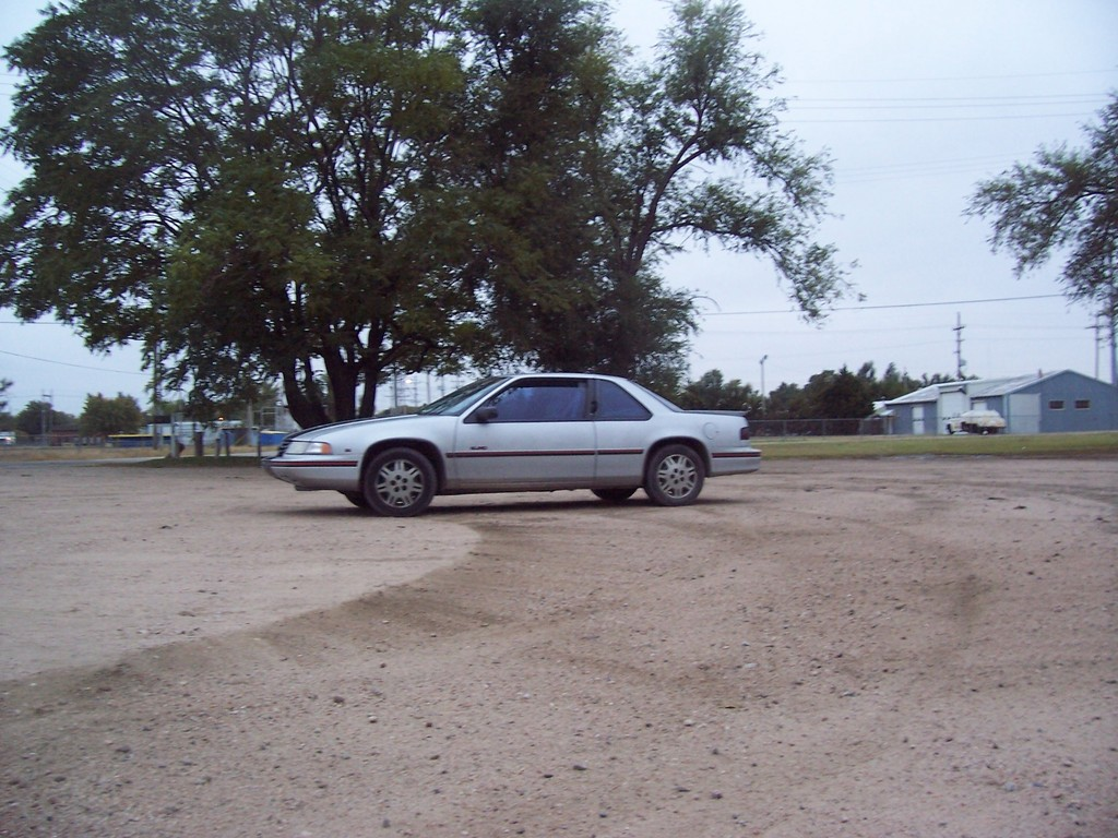 Another xtream_dreams 1991 Chevrolet Lumina Passenger post... - 13829688