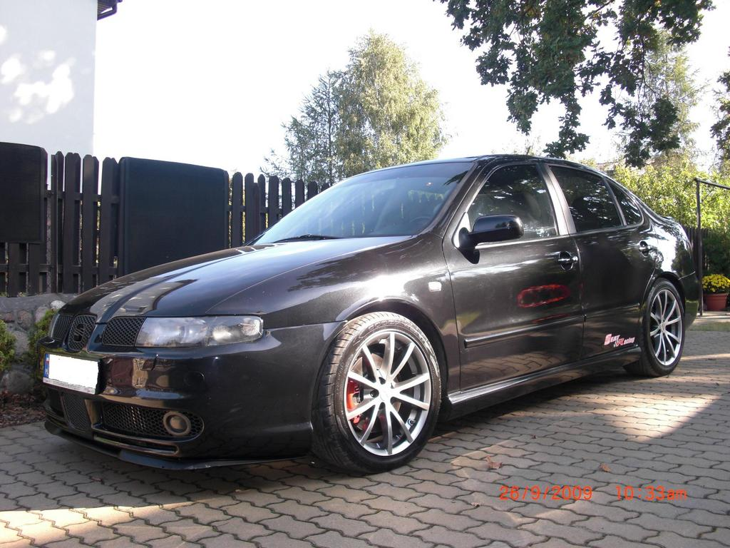 toldi 2000 seat toledo specs photos modification info at cardomain. Black Bedroom Furniture Sets. Home Design Ideas