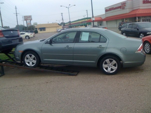 Another mikemobile 2006 Ford Fusion post... - 13831248