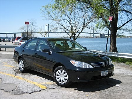 mightybows 2006 Toyota Camry