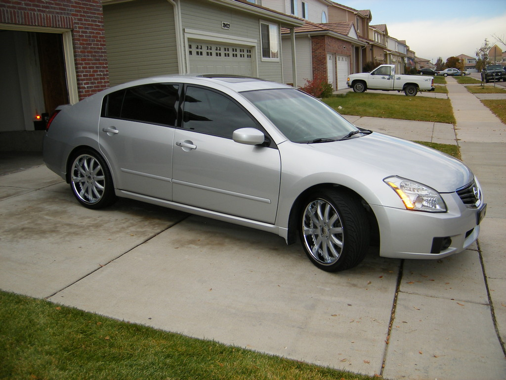 2007 Nissan Maxima Customized