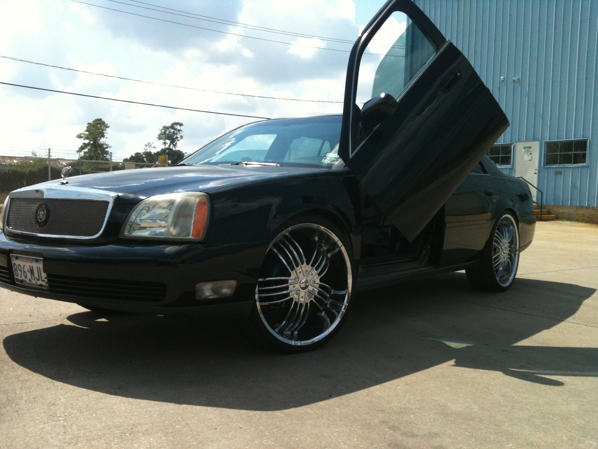 Another RYANGTHABOSS 2004 Cadillac DeVille post... - 9591681