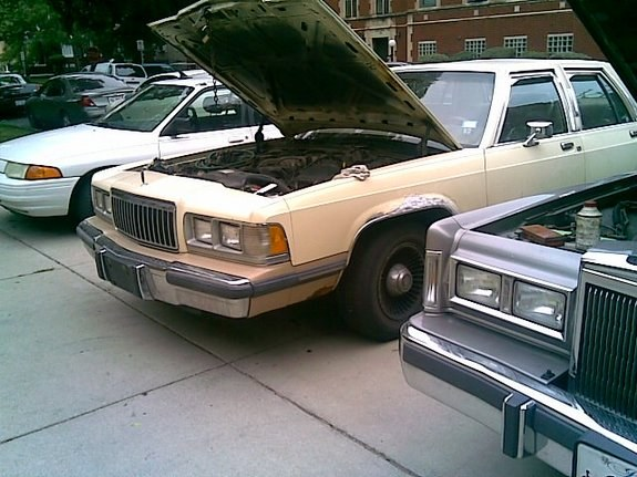 Another YOUNG_90 1989 Mercury Grand Marquis post... - 9597370