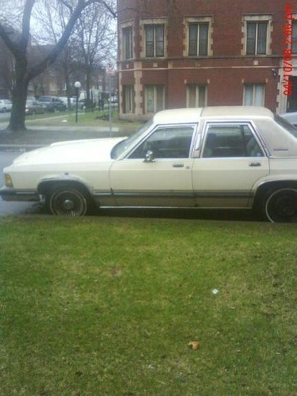 YOUNG_90 1989 Mercury Grand Marquis