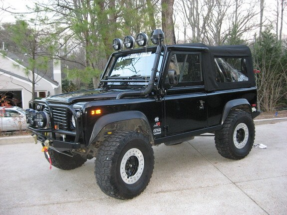hugafarmer53 1995 land rover defender 90 specs photos modification info at cardomain. Black Bedroom Furniture Sets. Home Design Ideas