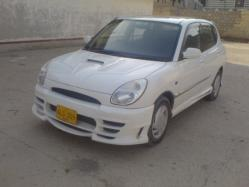 Saddy 2000 Toyota Yaris