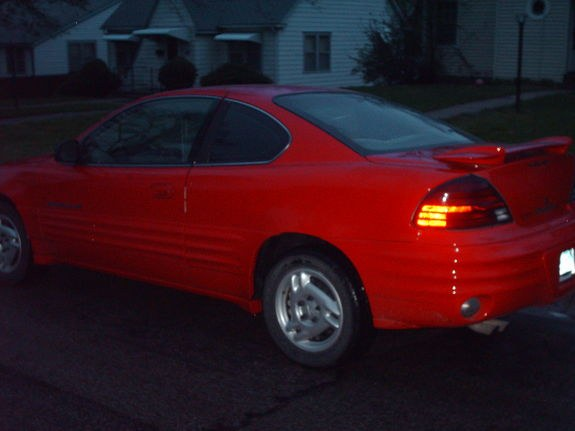 Grand Am 99 1999 Pontiac Grand Am Specs Photos Modification Info At Cardomain