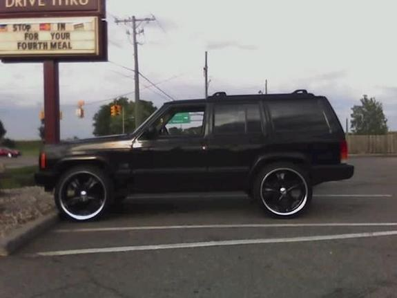 Another pimpin65 2000 Jeep Cherokee post... - 9636570
