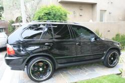 jtoomas 2004 BMW X5