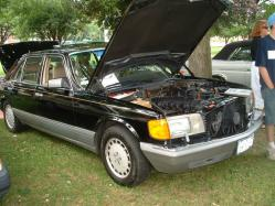chevycamarolover 1988 Mercedes-Benz 500SEL