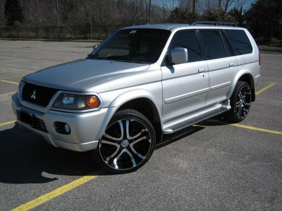Large on 2002 Lincoln Sport
