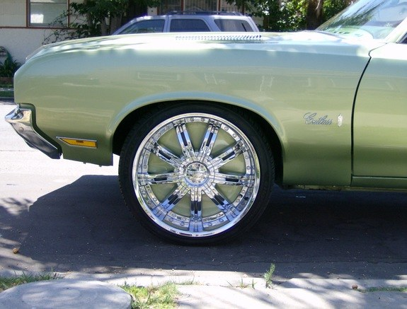 hustlehard 1972 Oldsmobile Cutlass 9643618