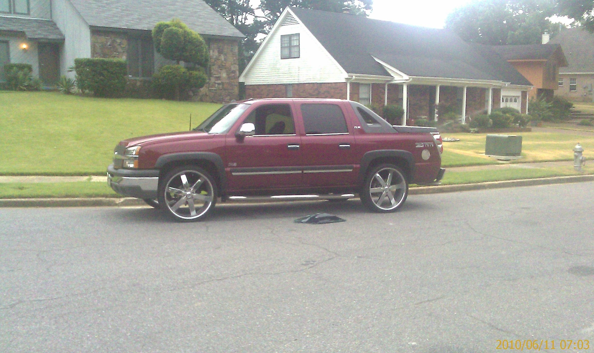 cashboy0102 39 s 2004 chevrolet avalanche in memphis tn. Black Bedroom Furniture Sets. Home Design Ideas