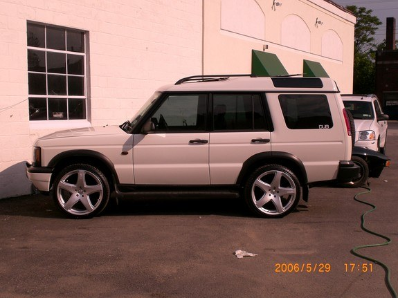 sitnondubs23 2000 Land Rover Discovery