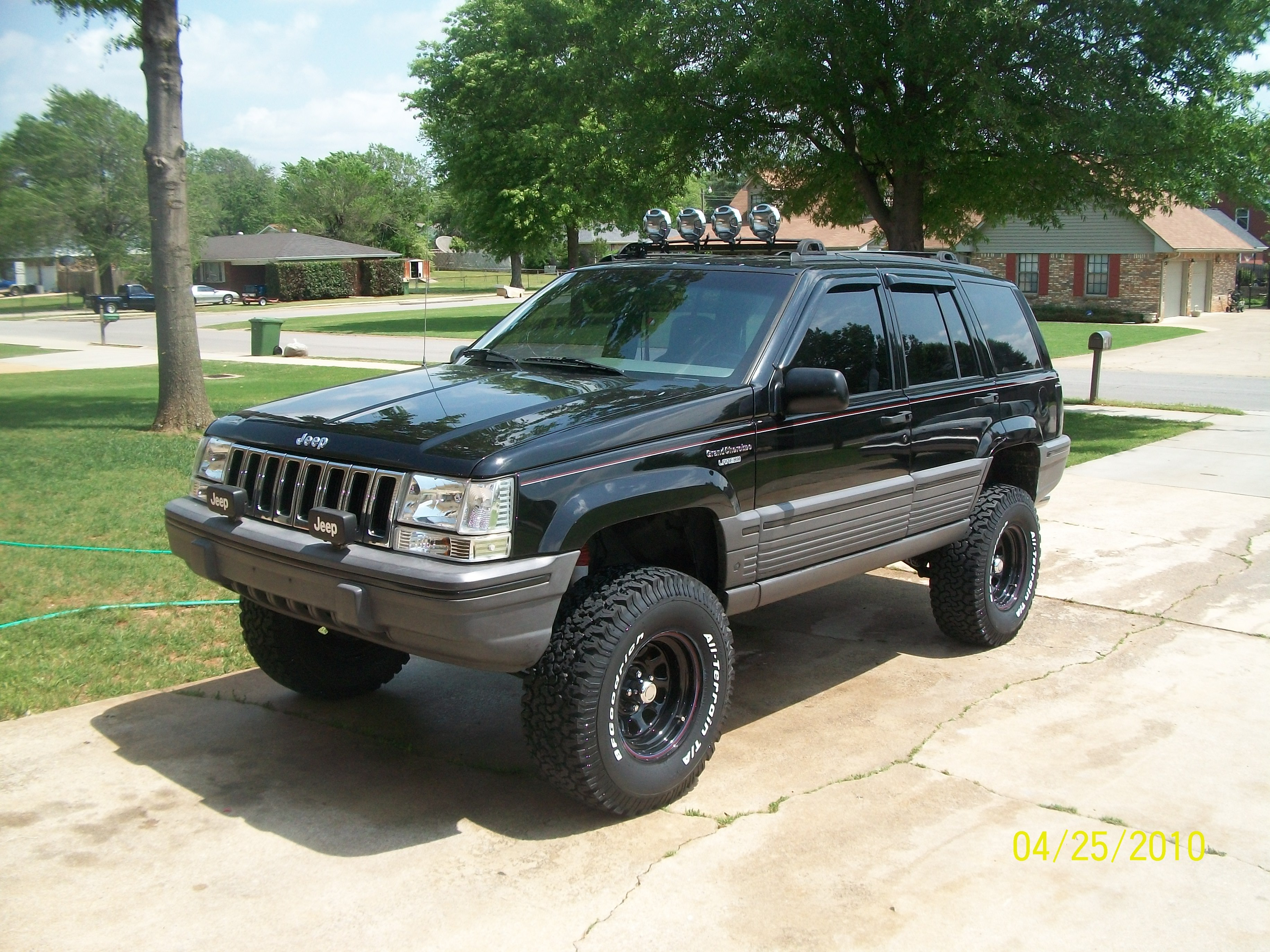 toybox91 1994 jeep grand cherokee specs photos modification info at cardomain. Black Bedroom Furniture Sets. Home Design Ideas