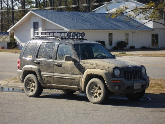 what is jeep liberty roof carrying weight capacity what is jeep liberty roof carrying weight. Black Bedroom Furniture Sets. Home Design Ideas