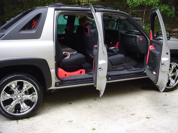 SykoticKustomz 2004 Chevrolet Avalanche Specs Photos