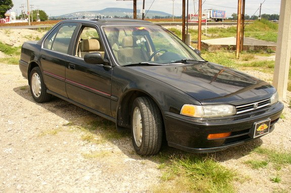 Another duendequis 1993 Honda Accord post... - 9788543