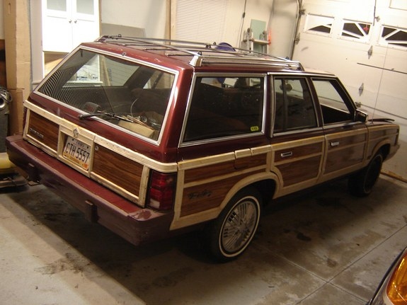 martinmcfly 1987 Chrysler Town & Country