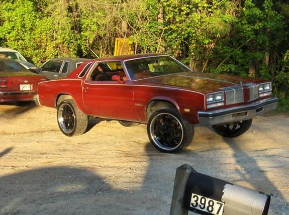 Another MRPAID 1976 Oldsmobile Cutlass Supreme post... - 9796850