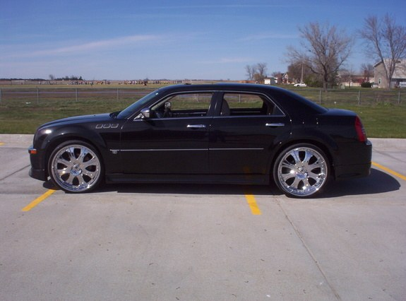 Another ese420 2005 Chrysler 300 post... - 9858186