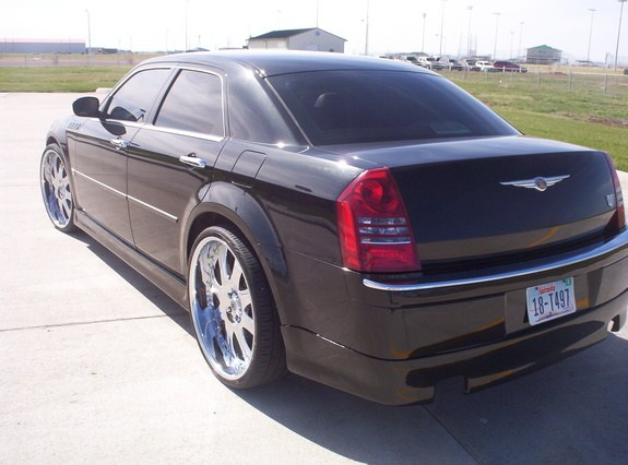 Another ese420 2005 Chrysler 300 post... - 9858188