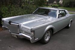 2steps 1969 Lincoln Mark III