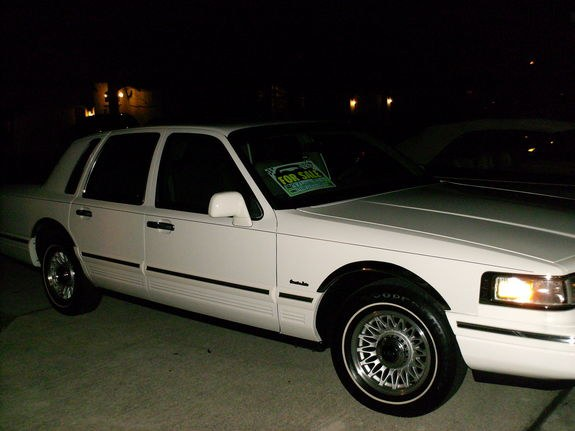 shortyade 1997 lincoln town car specs photos. Black Bedroom Furniture Sets. Home Design Ideas