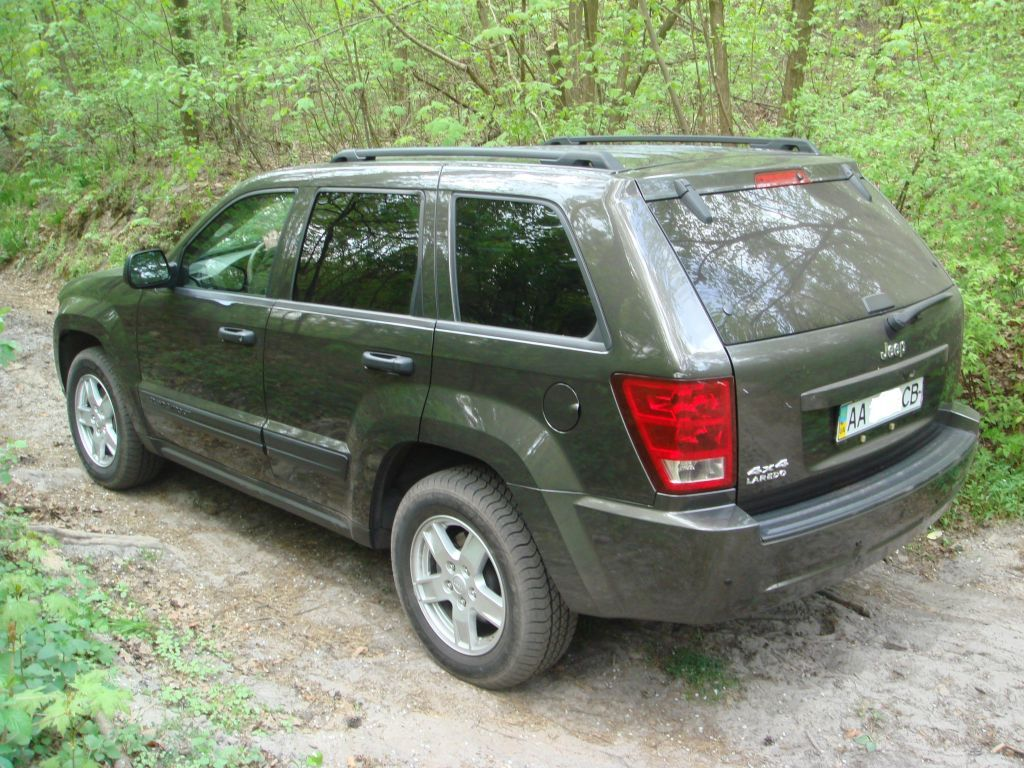 born in ussr 2006 jeep grand cherokee specs photos modification info at cardomain. Black Bedroom Furniture Sets. Home Design Ideas