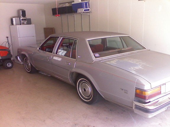 Another lig357 1977 Buick LeSabre post... - 10263865