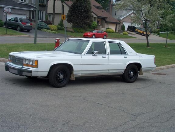Another KoRn_ice 1990 Ford Crown Victoria post... - 10382740