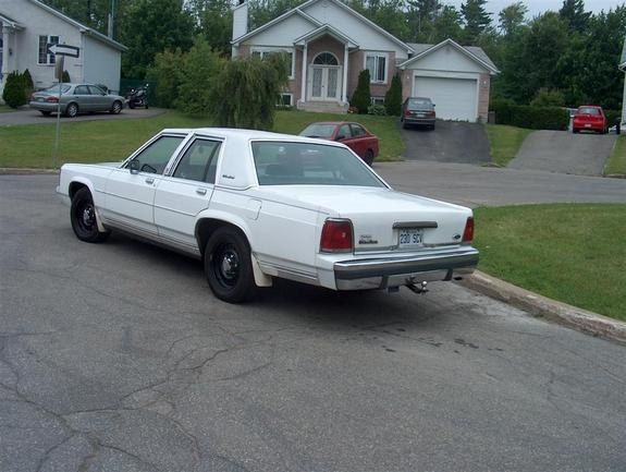 Another KoRn_ice 1990 Ford Crown Victoria post... - 10382741