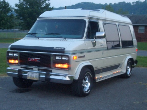 shawnlantto 1992 gmc vandura 2500van specs photos. Black Bedroom Furniture Sets. Home Design Ideas