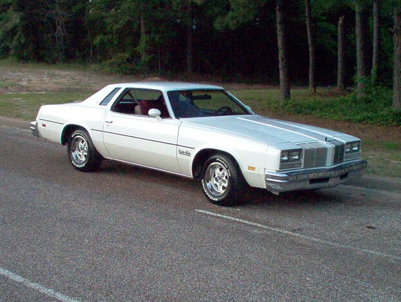 1976-Cutlass's 1976 Oldsmobile Cutlass