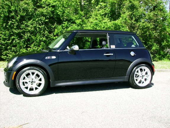 md in uk 2005 mini cooper specs photos modification info. Black Bedroom Furniture Sets. Home Design Ideas