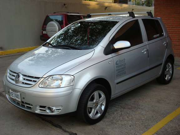 jaime13 2006 volkswagen fox specs photos modification info at cardomain. Black Bedroom Furniture Sets. Home Design Ideas