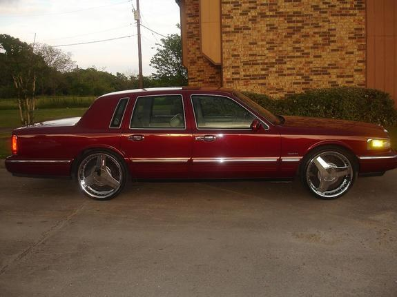 BRUTUS_CHOPPA 1997 Lincoln Town Car