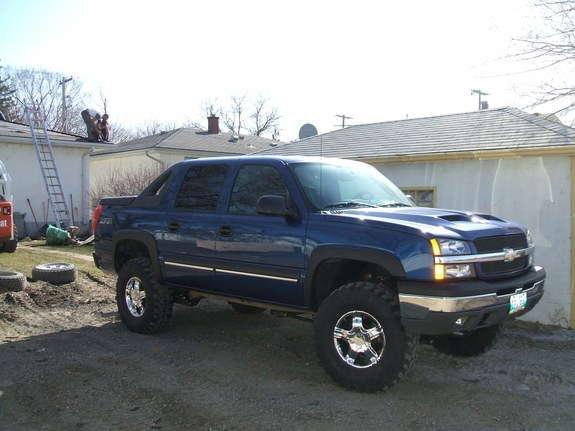 Loewey 2004 Chevrolet Avalanche Specs Photos Modification Info
